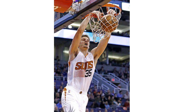 Suns propinan a Heat su 6ta derrota en fila