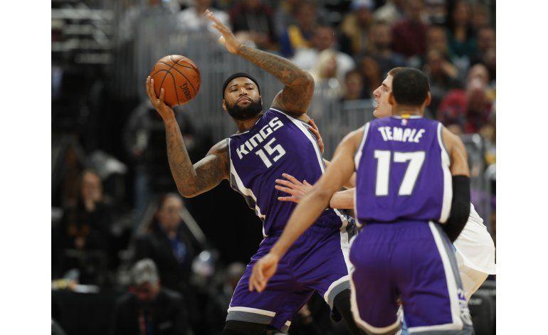 Cousins suma 31 puntos en victoria de Kings sobre Nuggets