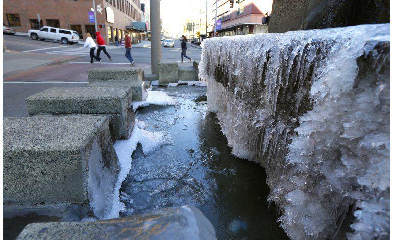 EEUU: Cae récord de nieve en Idaho; tormenta avanza al este