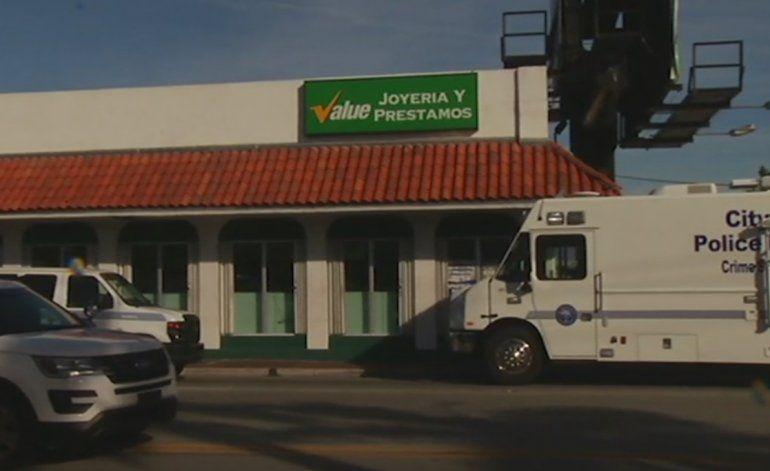 Dos hombres robaron una joyería en el noroeste de Miami