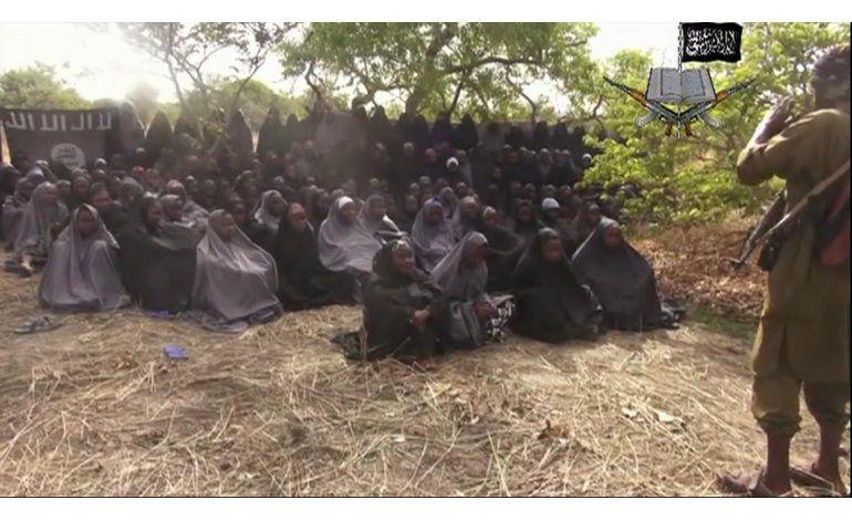 Nigeria: Hallan a una de las niñas secuestradas con un bebé