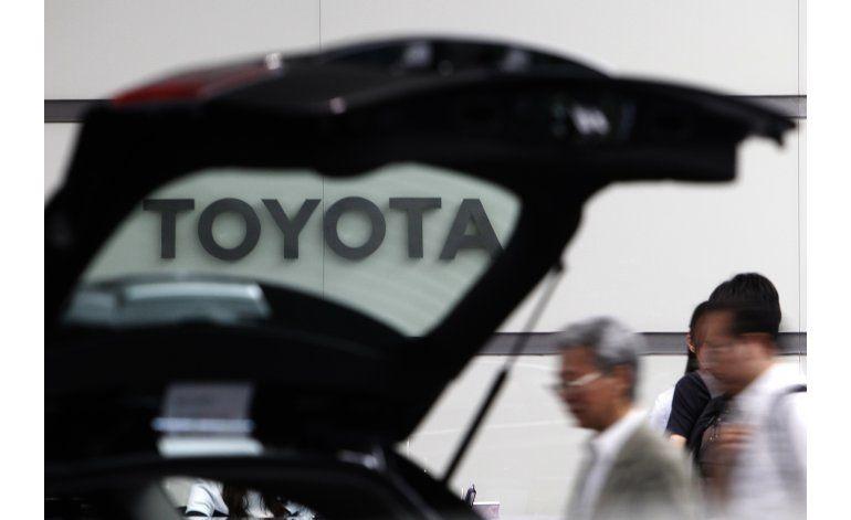 Trump amenaza a Toyota por planes de producción en México