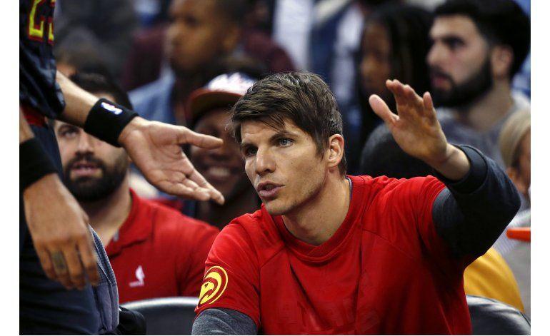 Fuente AP: Cavaliers negocia cambio con Hawks por Korver