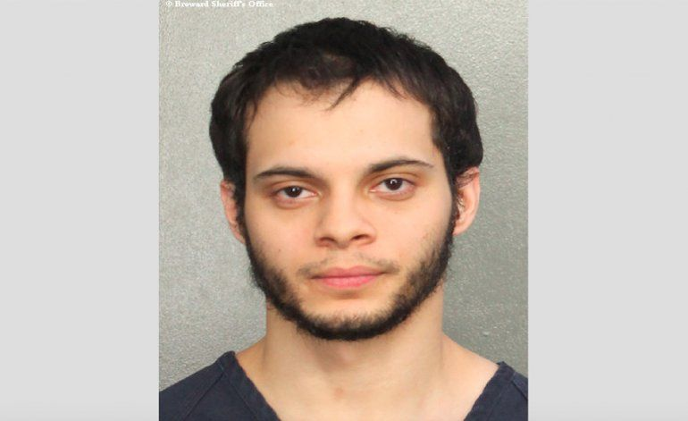 Él cambió después de Iraq: Tía de presunto autor del tiroteo de Ft. Lauderdale