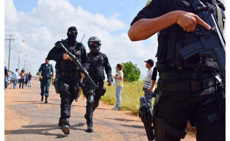 Brasil: Renuncia funcionario que festejó matanza de reos