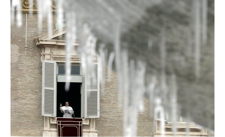 El papa Francisco pide ayudar a las víctimas de frío