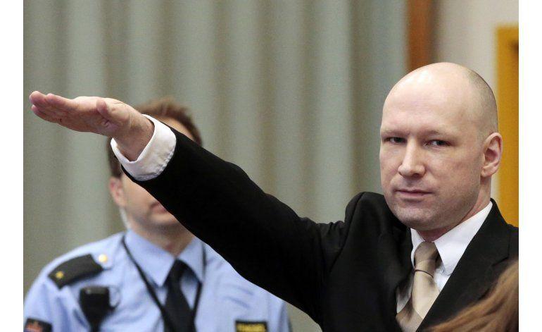 Noruega evalúa denuncias de maltrato por autor de masacre