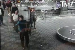 publican primer video de esteban santiago disparando a sus victimas en fort lauderdale