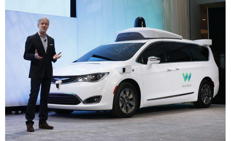 Minivan autónoma de Waymo comenzará pruebas este mes