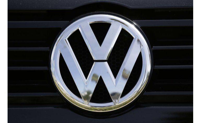 Arrestan a 2do ejecutivo de VW por escándalo de emisiones