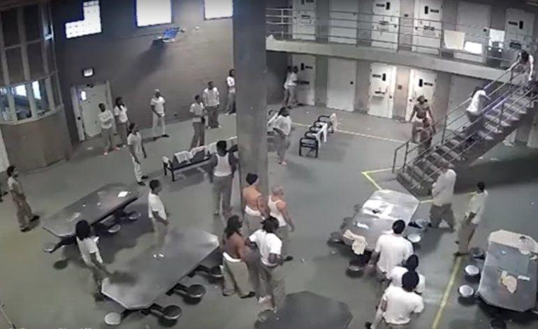 [Video] Prisioneros hospitalizados tras pelea en cárcel de máxima seguridad
