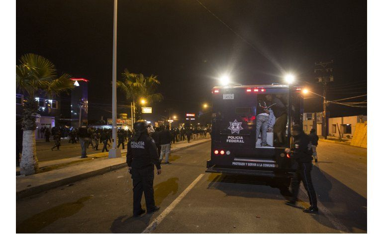 Persisten las protestas contra alza de la gasolina en México