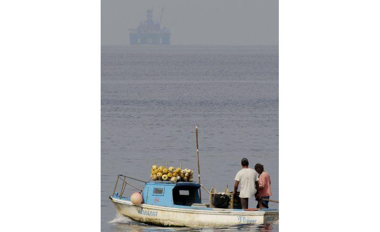 Cuba y EEUU firman acuerdo de prevención de derrames