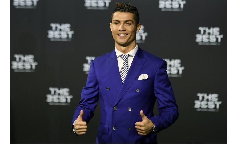 Cristiano Ronaldo gana premio de FIFA al jugador del año