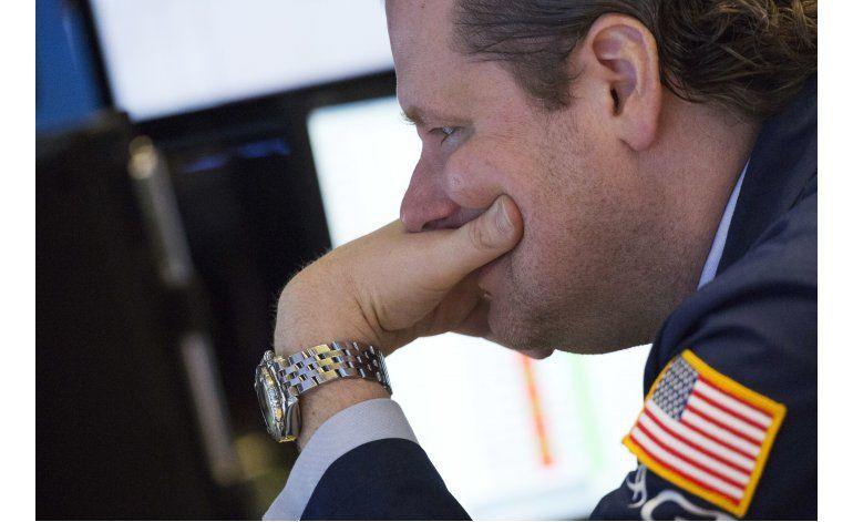 Mercado bursátil de Wall Street cierra mayormente a la baja