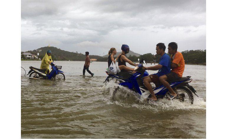 Un millón de afectados, 25 muertos por lluvias en Tailandia