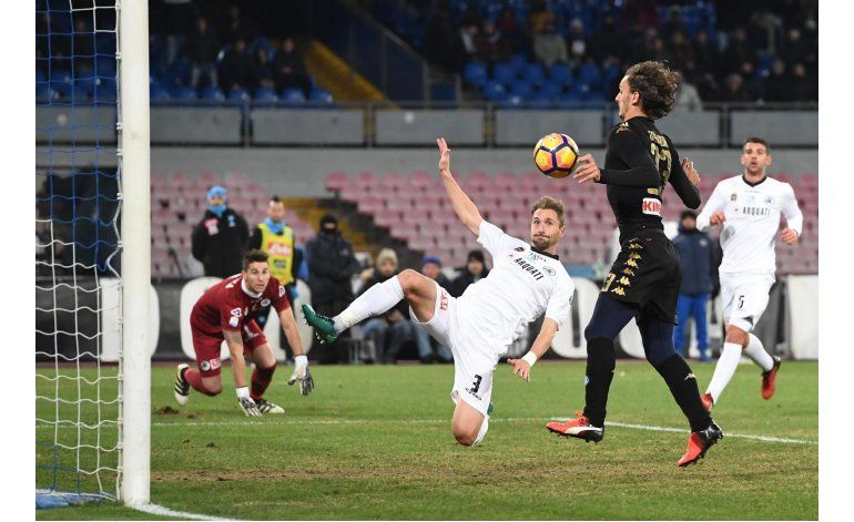 Gabbiadini anota otra vez y Napoli avanza en la Copa Italia