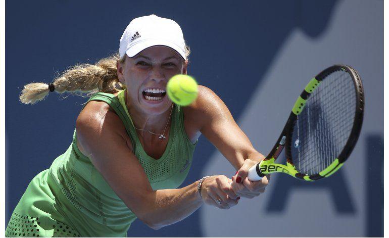 Wozniacki cae en el torneo de Sydney