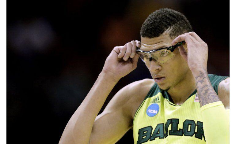 Isaiah Austin regresa al basquetbol