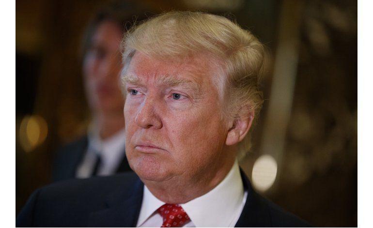 Un combativo Trump admite papel de Rusia en hackeo electoral