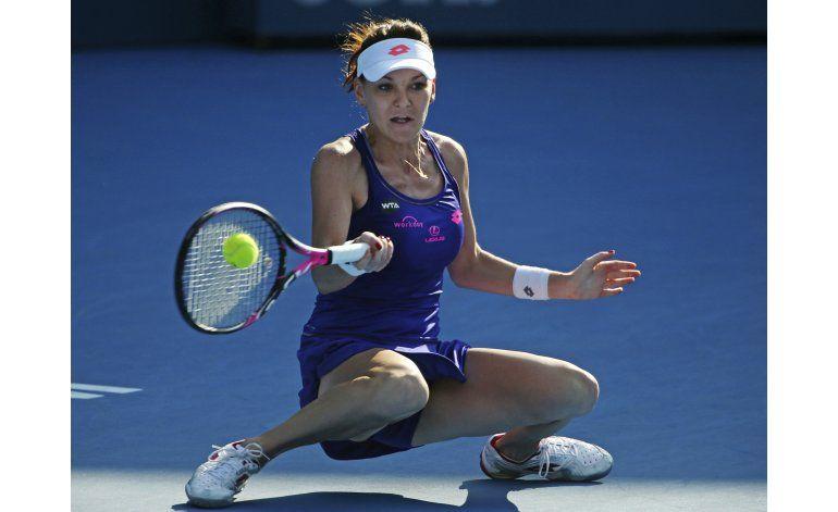 Konta pasa a la final en Sydney, enfrentará a Radwanska