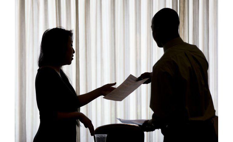 Leve aumento de pedidos de asistencia por desempleo en EEUU