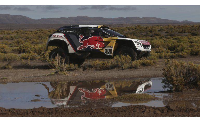 Dakar: Loeb gana 10ma etapa y se aleja de Peterhansel
