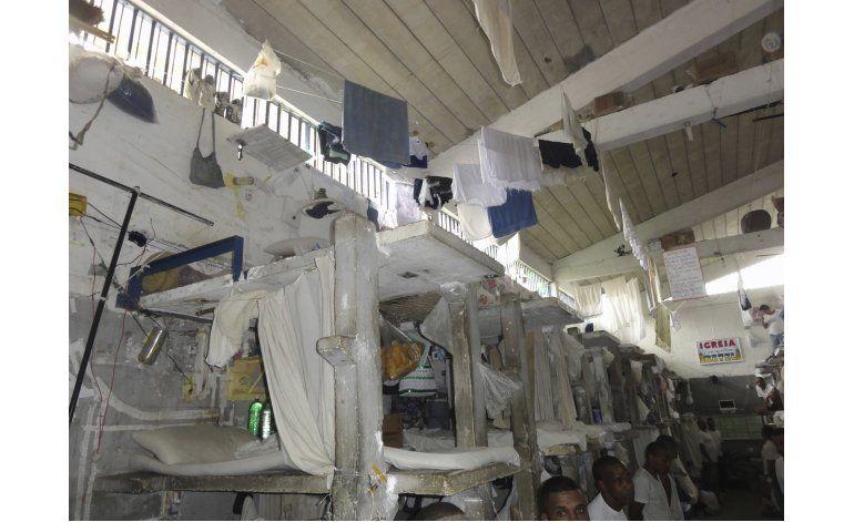 Corre la sangre en cárceles brasileñas; el estado desbordado