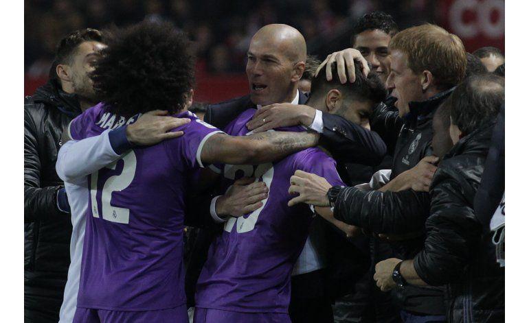 Real Madrid fija récord español con invicto de 40 partidos