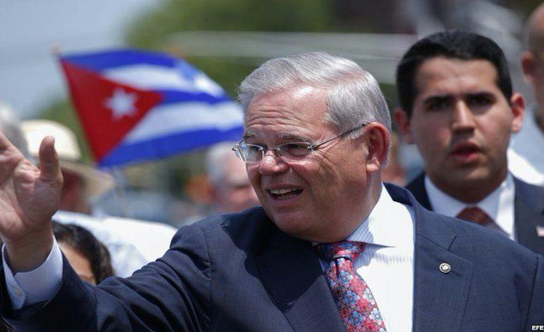 Reacciones de Bob Menendez e Ileana Ros-Lehtinen sobre cambio de política migratoria hacia Cuba