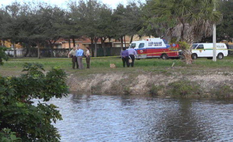 Hombre muere tras caer a un lago de Miami Lakes