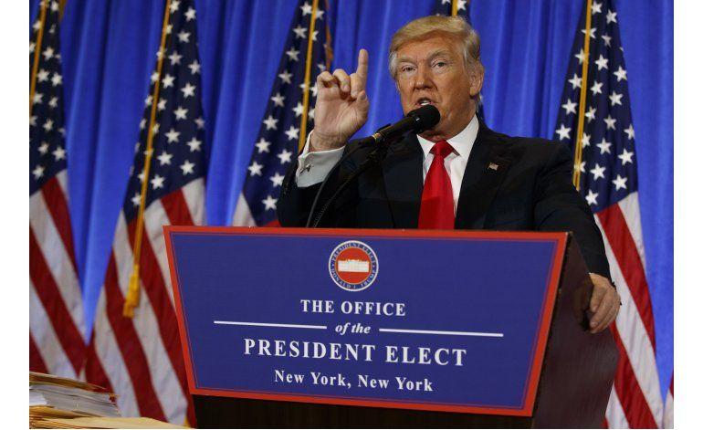 Trump promete donar ganancias: ¿relaciones públicas?