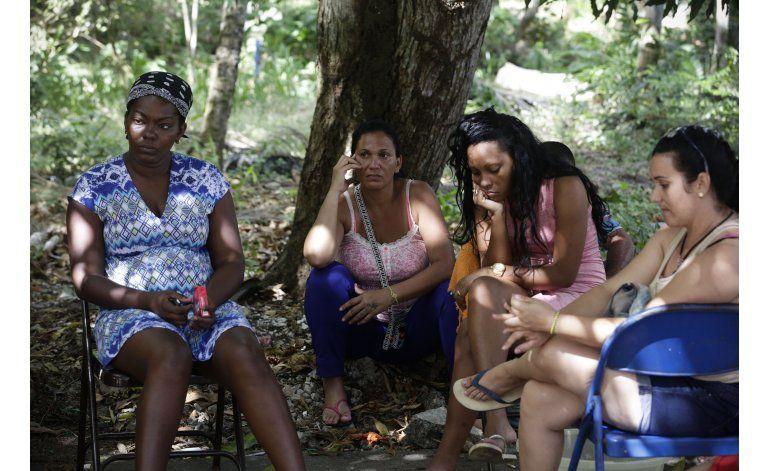 Migrantes cubanos a la deriva al cerrarse la puerta en EEUU