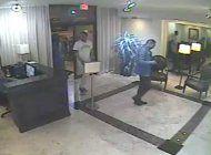 policia de miami beach busca a dos sospechosos que robaron en una residencia