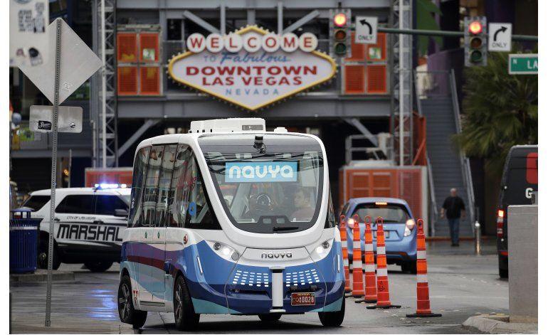 Prueban minibús eléctrico sin conductor en Las Vegas