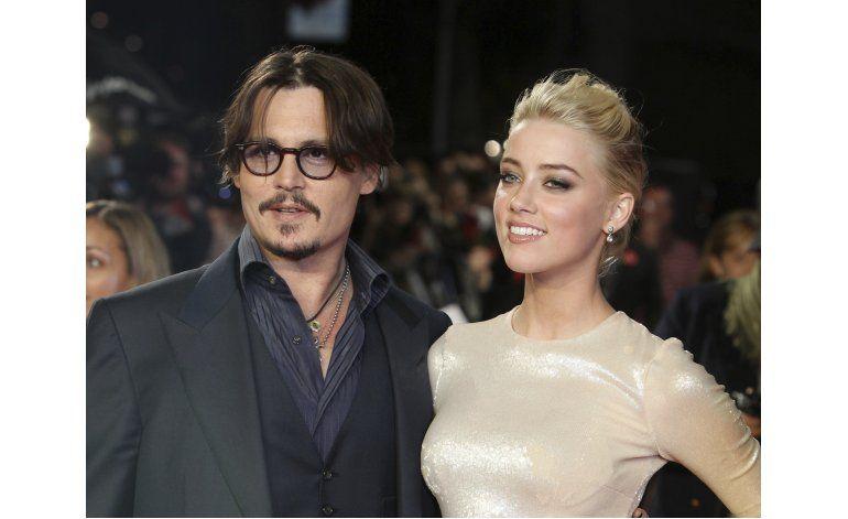 Johnny Depp demanda a ex apoderados por 25 millones