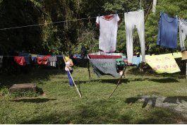 migrantes cubanos a metros de eeuu esperan solucion