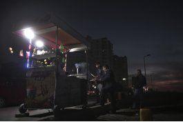 palestinos viven en la oscuridad debido a apagones