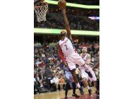 wizards vence a grizzlies e hilvana 13 triunfos como local