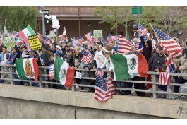 california retira solicitud de seguro medico a inmigrantes