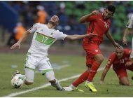 argelia se autodestruye y pierde ante tunez en copa africana