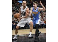 leonard anota 34, spurs vencen a nuggets