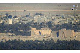 el grupo ei destruye parte del teatro romano en palmira