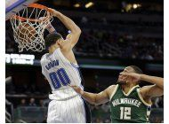 magic logra un convincente triunfo sobre los bucks