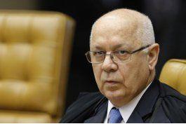 brasil honra juez de corte suprema muerto en caida de avion