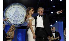 Trump elogia a la CIA y disputa asistencia a su investidura