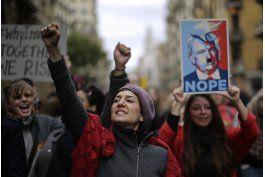 lo ultimo: algunos manifestantes anti trump enfrentan cargos