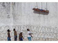 la policia militar asume fragil control en carcel de brasil