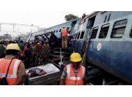 india: al menos 32 muertos, 50 heridos en accidente de tren