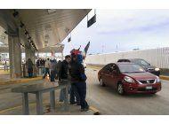 protesta contra alza de gasolina toma paso entre mexico-eeuu